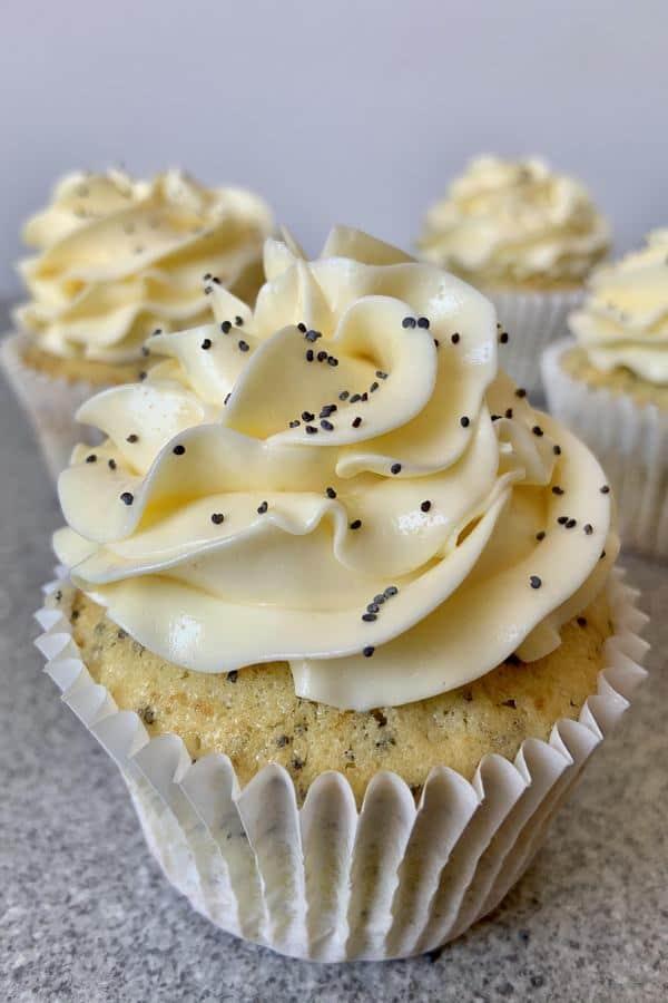 Lemon curd cupcake with poppy seed