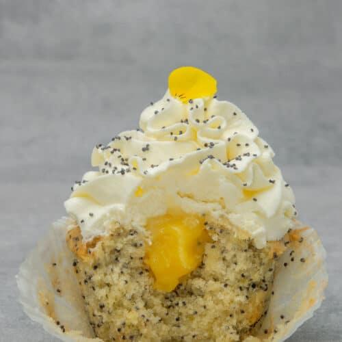 Delicious Lemon Poppy seed cupcake