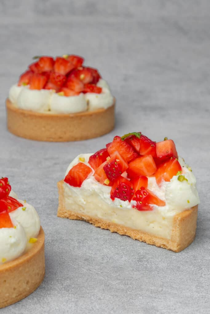 Strawberry cream tart