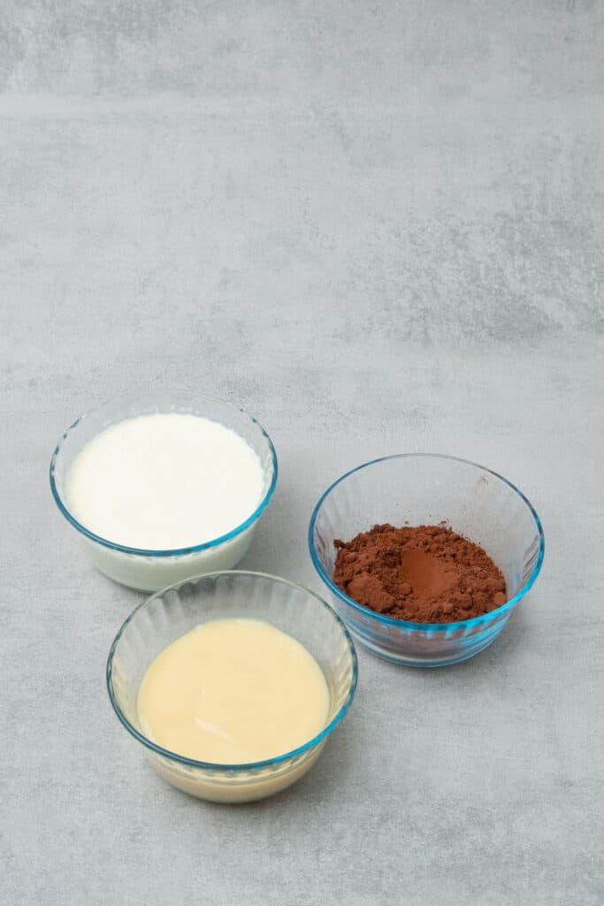 Chocolate ice cream bar ingredients