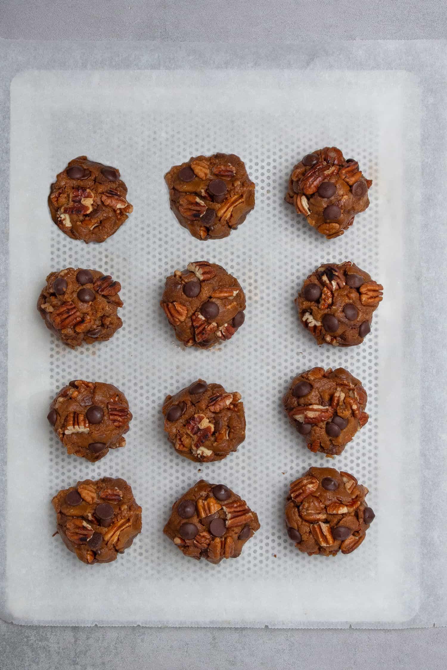 Pecan chocolate chip cookies process